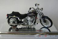 Мотоцикл Harley-Davidson FXSTS Springer Softail - 2001, черный (1:18)